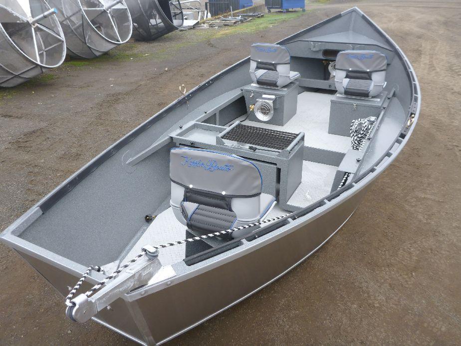 how to clean aluminium boat interior